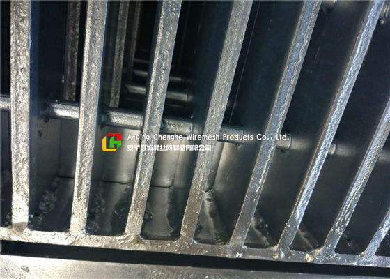 Highways Galvanized Heavy Duty Steel Grating With Automated Welding Process
